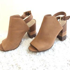 Aldo Brand Leather open toe Mules Wooden Heel sz 9